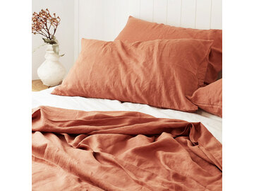 100% pure French linen sheet set in Desert Rose